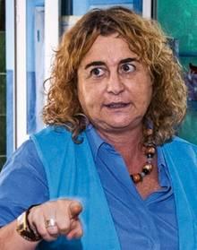 Alessandra Morelli, Chefin des UN-Flüchtlingshilfswerks im Niger. Ihre Mitarbeiter erstellen Dossiers zu den Flüchtlingen, die ihre Organisation beherbergt; europäische Beamte befragen die Menschen danach vor Ort