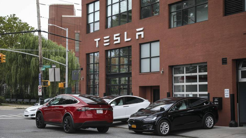 Tesla-Händler in New York City