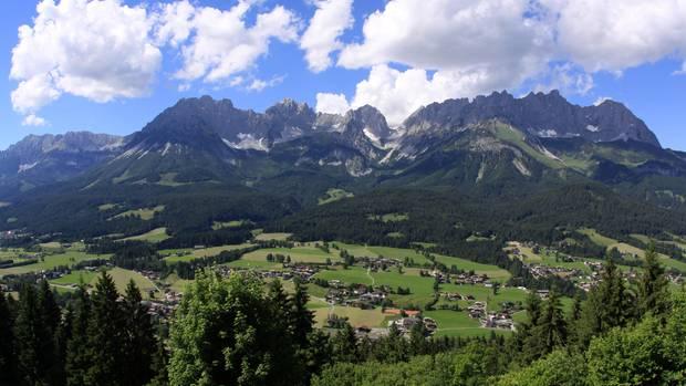Österreich: Deutsche beim Bergsteigen gestorben