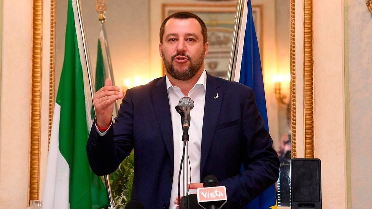Br-ckeneinsturz-Salvinis-zynisches-Ablenkungsman-ver-nach-der-Katastrophe