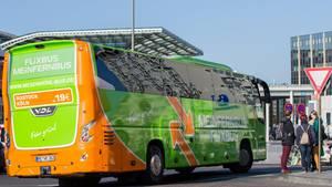 Der havarierte Bus soll zu Flixbus gehören (Symbolbild)