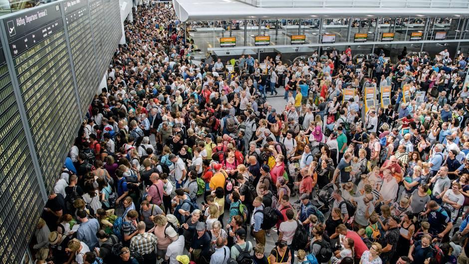 Luftfahrtkrise: So verraten Airlines ihre Passagiere
