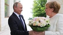 Möglicher Syrien-Gipfel? Angela Merkel trifft Wladimir Putin