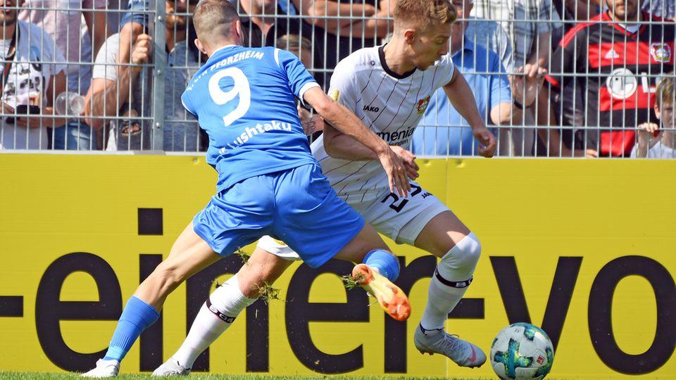 Szene aus der Pokalpartie Pforzheim gegen Leverkusen