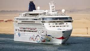 """Eine britische Touristin ist in der kroatischen Adria vom Kreuzfahrtschiff """"Norwegian Star"""" gefallen"""