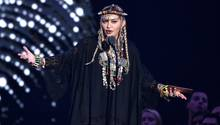 Madonna ehrt Aretha Franklin