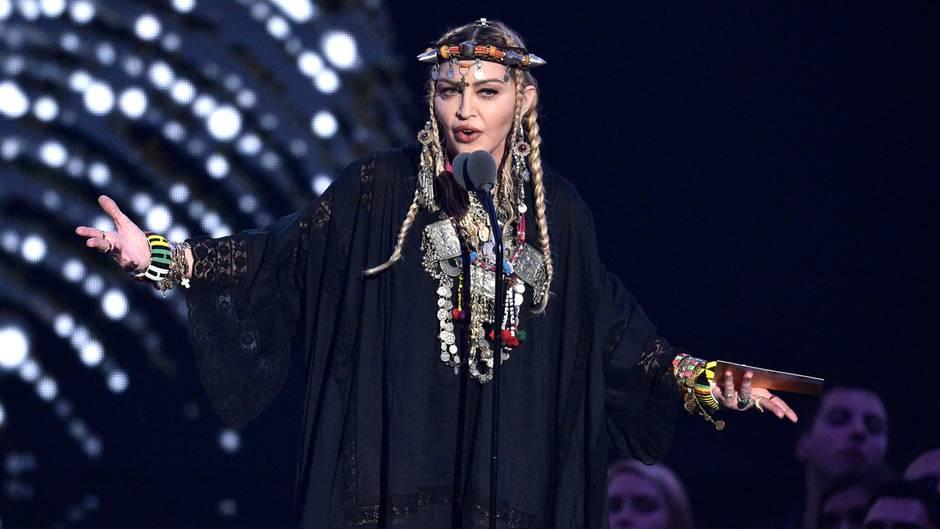 MTV VMAs: Madonna blamiert sich bei Preisverleihung vor Millionenpublikum