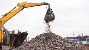 Nachrichten aus Deutschland: Tödlicher Unfall auf Mülldeponie in Heßheim
