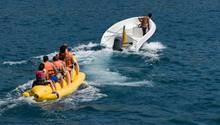 Der Ausflug mit einem Bananenboot wurde einem jungen Mann zum Verhängnis