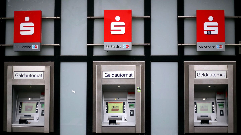 Geldautomat einer Sparkasse