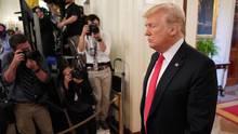 Zwei Vertraute von Donald Trump bringen mit ihren eigenen juristischen Problemenden US-Präsidenten in Schwierigkeiten