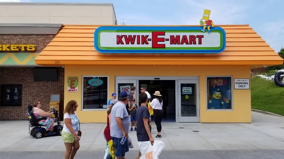 Für Serien-Fans: Amis stürmen Supermarkt der Simpsons