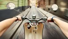 Ein Motoroller - in diesem Fall diente er gleichermaßen als Tatwerkzeug und Fluchtfahrzeug (Symobilbild)