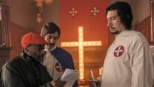 Regisseur Spike Lee (l.) inszeniert ein Klan-Treffen