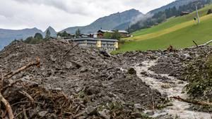 Schäden des Unwetters im Glemmtal bei Salzburg