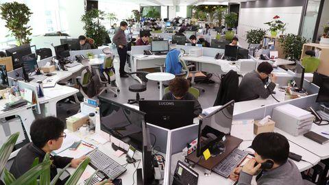 Das große Schweigen: Großraumbüros reduzieren persönliche Kommunikation