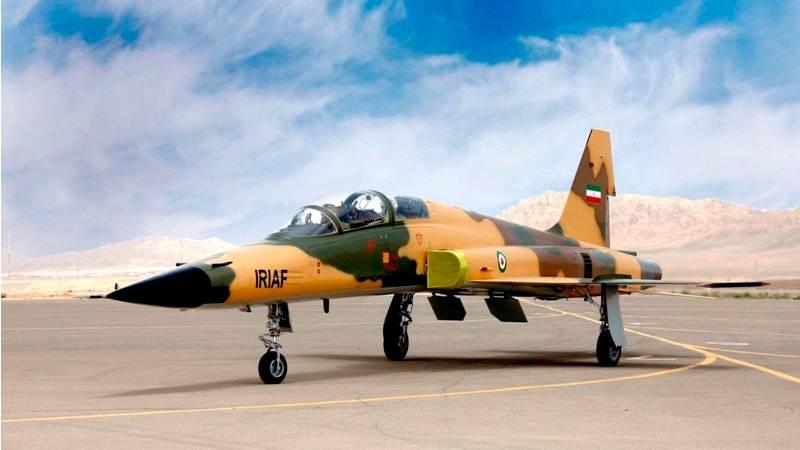 DerKowsar ist in Wirklichkeit eine aufgerüstete F-5.