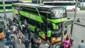 Flixbus-Passagiere: Die sind ihre Fahrgastrechte bei Fernbusreisen