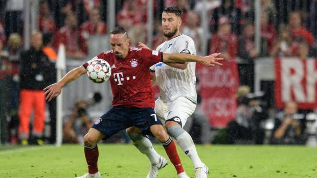 Frankc Ribéry (l.) hat im Spiel gegen Hoffenheim einen Elfmeter geschunden
