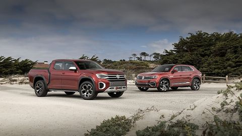 Der VW VW Atlas Tanoak (links) und der VW Atlas Cross Sport