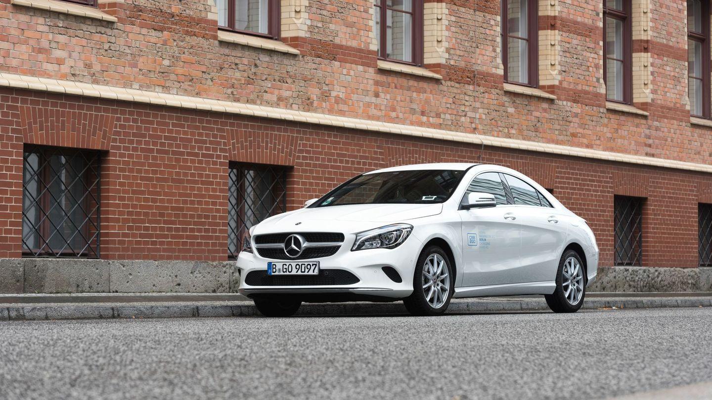 Nachrichten aus Deutschland: Mercedes von Car2Go