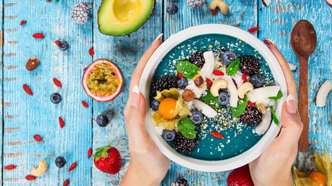 """Kokos, Avokado, Goji-Beeren und Chia-Samen: Superfood ist """"in aller Munde"""". Was bringt es wirklich?"""