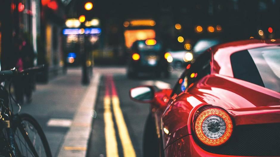 Führerschein: Diese Versicherung zahlt das Taxi, wenn dieser weg ist