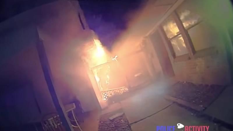 Bodycam-Aufnahme: Rettung in letzter Sekunde: Polizist holt Familie aus brennendem Haus