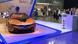 Einfach gehalten: der BMW Messestand auf dem Moskauer Auto Salon 2018