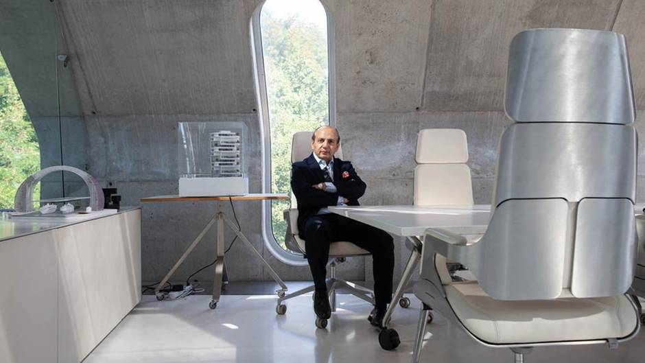 Futuristisches Interior: Hadi Teherani in seinem selbst designten Büro