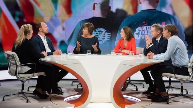Justizministerin Katarina Barley (3.v.r) diskutierte in der Runde bei Maybritt Illner über Chemnitz