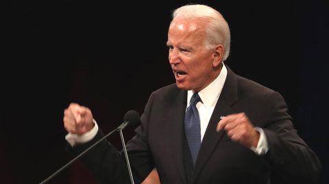 Ex-Vizepräsident Joe Biden bei seiner Trauerrede für John McCain in einer Baptistenkirche in Phoenix, Arizona