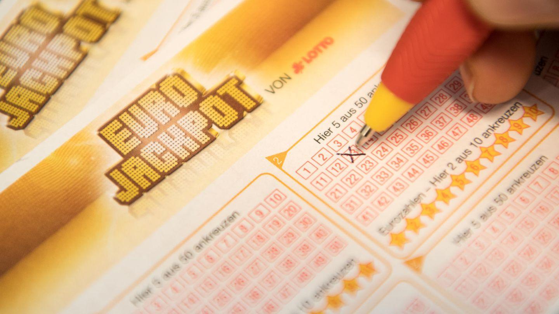 Ein Gewinner aus Nordrhein-Westfalen und einer aus Hessen teilen sich den 61-Millionen-Jackpot