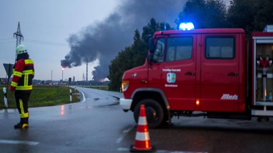 Firma Bayernoil: Raffineriegelände explodiert bei Ingolstadt – mehrere Verletzte