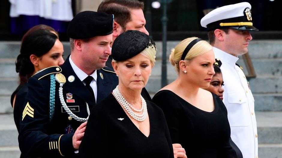 """Trauerfeier für McCain: John McCains Tochter wettert gegen Trump: """"Amerika war schon immer großartig"""""""