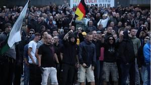 Journalisten berichten von viel Aggressivität auf Seiten der rechten Demonstranten in Chemnitz