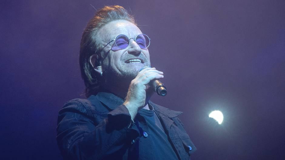 Auftritt in Berlin: In diesem Moment versagt Bono die Stimme - U2-Konzert wird abgebrochen