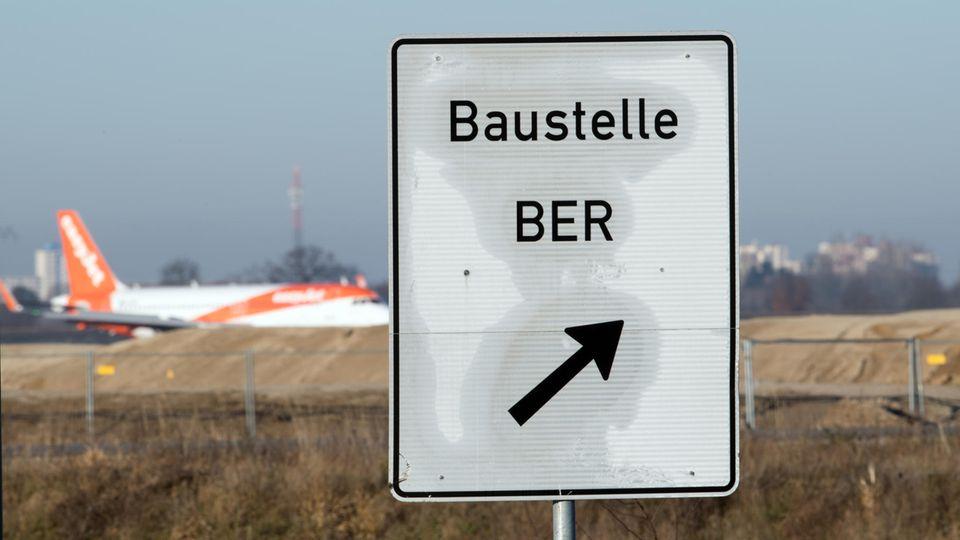 Seit 12 Jahren wird am Flughafen mehr oder weniger gebaut.