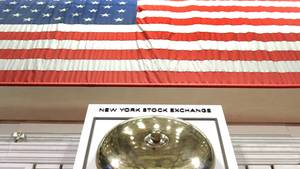 Die Glocke der New York Stock Exchange an der Wall Street