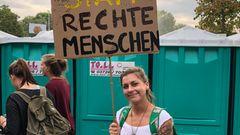Stimmenfang auf der #WirSindMehr-Demo