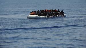 Spanien: Flüchtlinge auf einem Boot