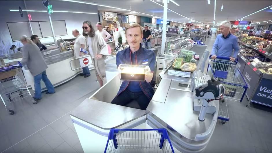 "Instagram-Kampagne: ""Gab's schon"": Neuer Aldi-Spot veralbert Viraltrends"