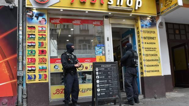 Nachrichten aus Deutschland: Razzia in  Berlin