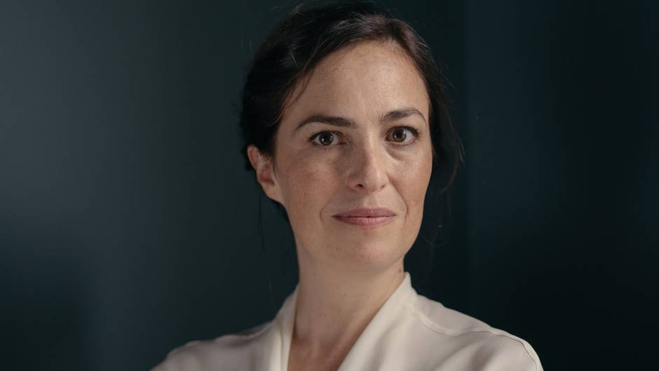 Lisa Brennan spricht im stern darüber, wie ihr berühmter Vater Steve Jobs sie stets verleugnet hat