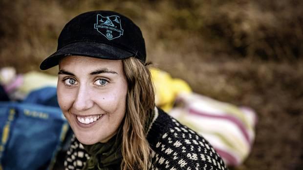 Ihre Welt ist das Kajak: Tourguide Clara