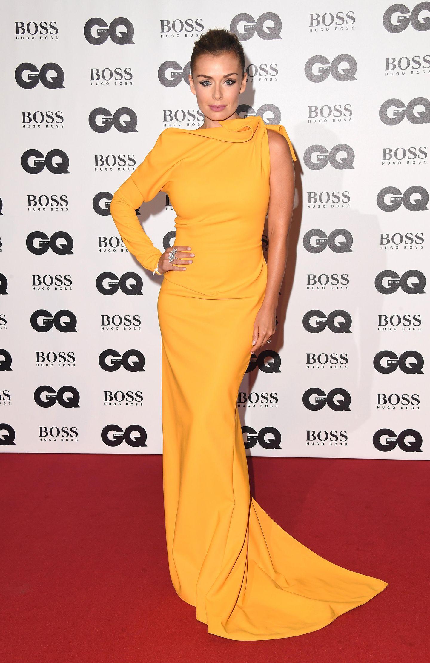 Hier ist vor allem die Farbe der Hingucker: SopranistinKatherine Jenkins in einer leuchtend gelben Robe