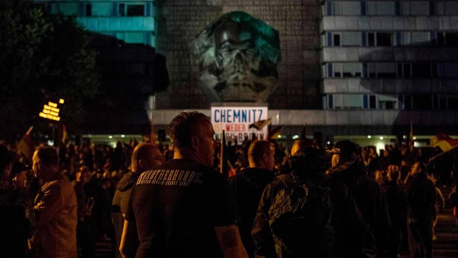 Generalstaatsanwaltschaft Dresden widerspricht Verfassungsschutzchef Maaßen bei der Bewertung eines Videos aus Chemnitz