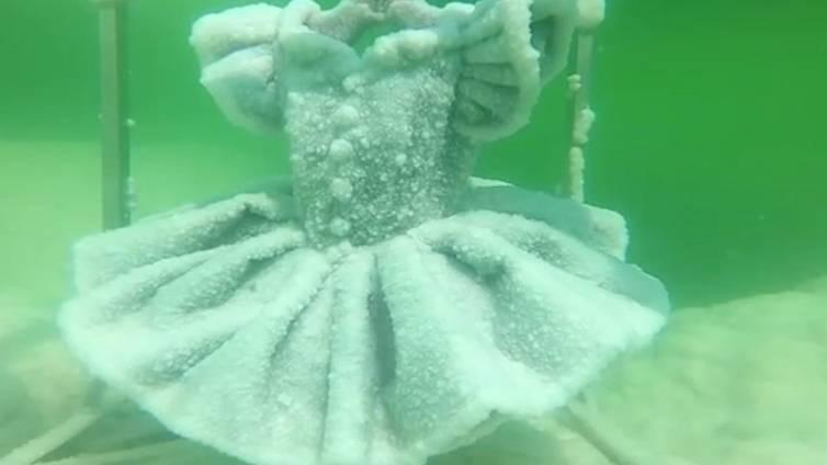 Totes Meer: Hier entstehen bezaubernde Skulpturen aus Salz