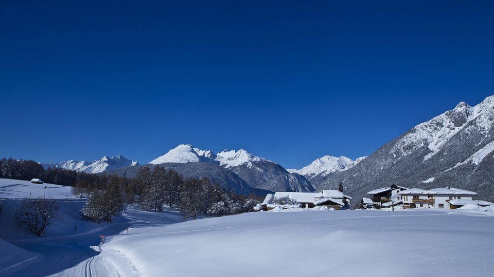 Ausblick auf eine Tiroler Winterlandschaft