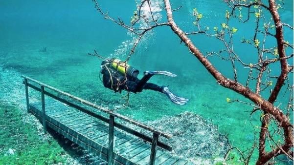 Österreich: Diesen smaragdgrünen See gibt es nur wenige Tage im Jahr
